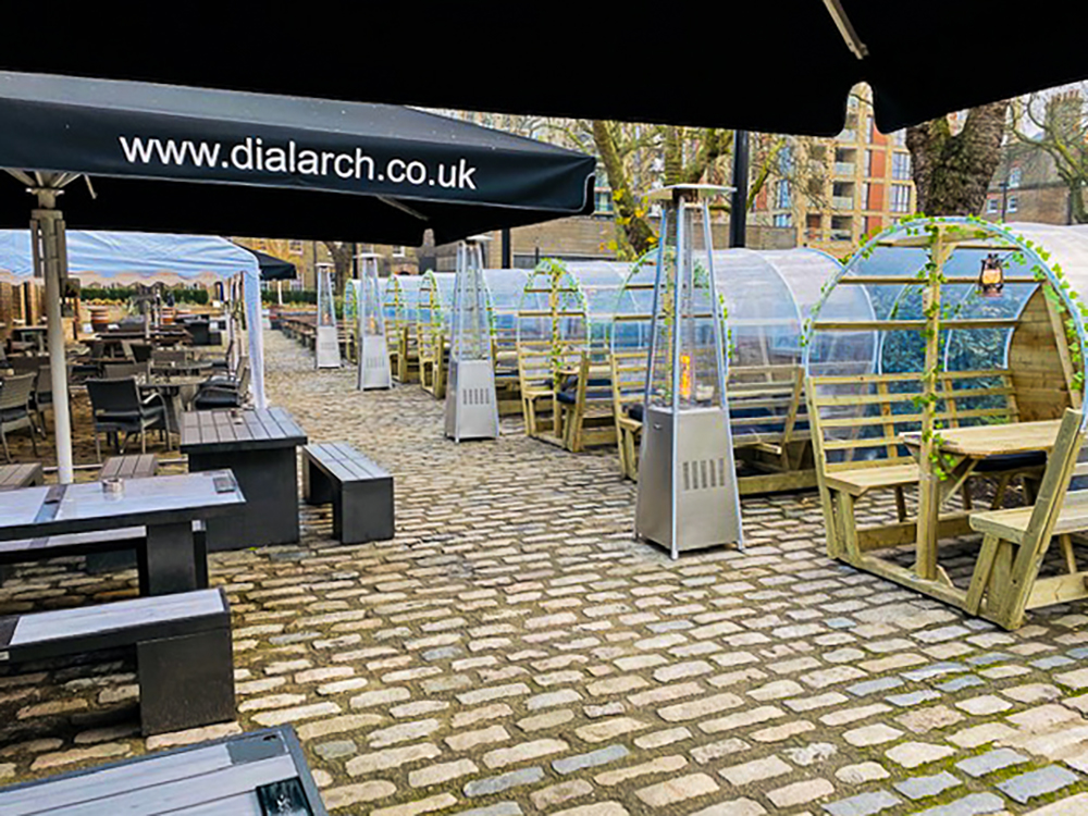 woolwich-greenwich-best-garden-marquee-covered-heated-pub-garden-tables-outdoors